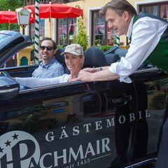 Ein Ausflug der besonderen Art gefällig? Mit dem VW Beetle Cabrio vom Hotel Pachmair steht Ihnen ein garantiert unvergesslicher Tag bevor.