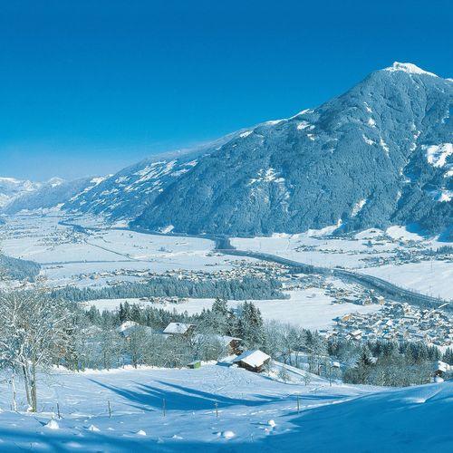Im Zillertal erwartet Sie ein traumhaftes Bergpanorama.