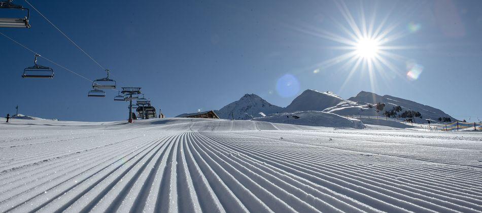 In vier Skiregionen warten im Zillertal 530 Pistenkilometer und 180 topmoderne Bergbahnen & Lifte.