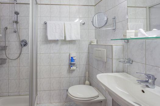 Die Doppelzimmer Spieljoch und Hamberg sind mit einem schönen Badezimmer ausgestattet.