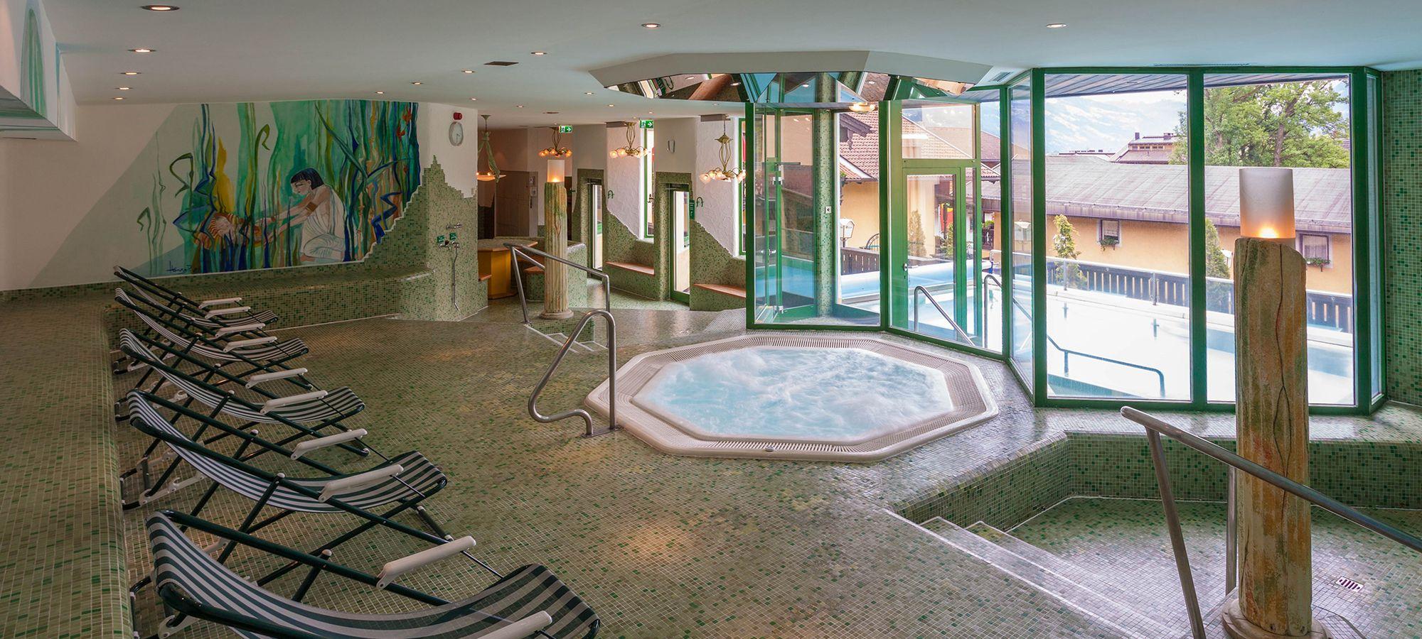 Das Relax Badecenter im Hotel Pachmair lädt zum Entspannen ein.