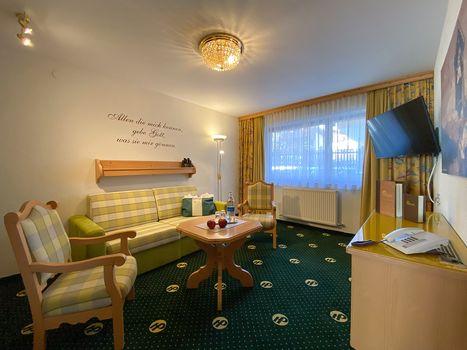 Die komfortablen Doppelzimmer Hamberg sowie die Doppelzimmer in den Appartements Arzjoch sorgen für einen angenehmen Aufenthalt im Hotel Pachmair.