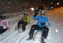 Rodeln Winterparadies Zillertal ist der ideale Familienausflug und ein Erlebnis, das Alt und Jung begeistert.