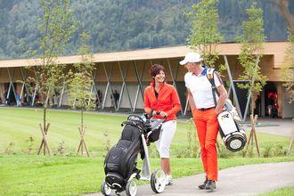 Der Golfplatz in Uderns ist nur einen Katzensprung vom Hotel Pachmair entfernt.