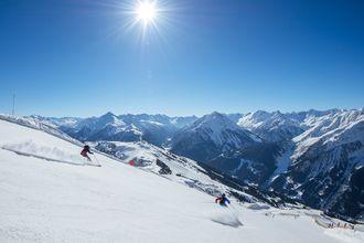 Das Zillertal bietet auf über 500 bestens präparierten Pistenkilometern genügend Abwechslung.